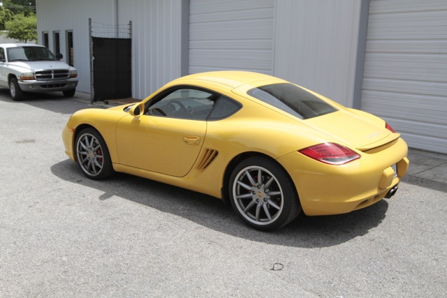 2010 Porsche Cayman S PCA Track Car Rear