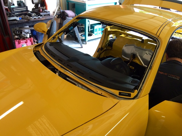 2010 Porsche Cayman S PCA Track Car Stripped 5