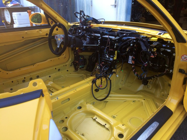 2010 Porsche Cayman S PCA Track Car Stripped 7